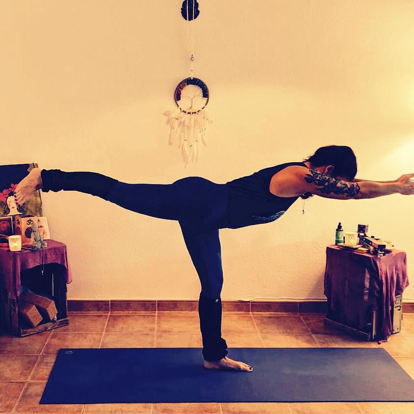 Power Yoga con Adriana aka Mi Zona Yoga - Gratis