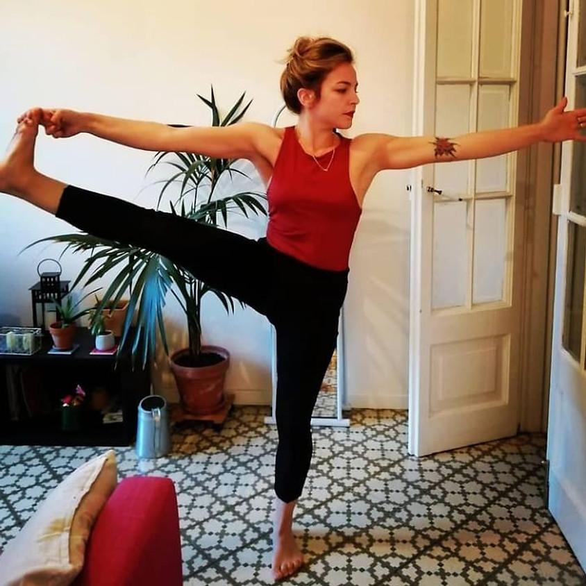 Hatha Yoga Flow con Giovanna - Per Tutti i Livelli