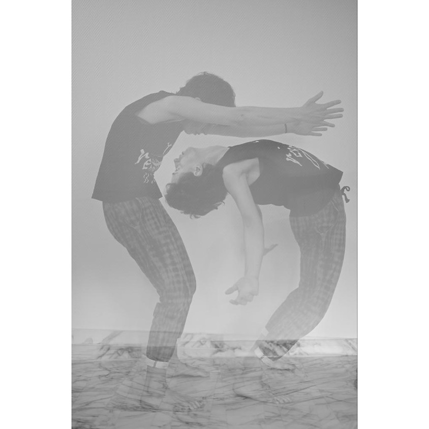 Ashtanga Esplorazioni - L'onda: un Focus sulla Mobilità Spinale