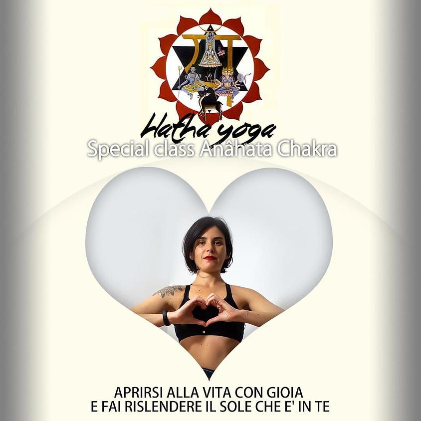 Anâhata Chakra - 90 minuti di Hatha Yoga con Daniela Marciano