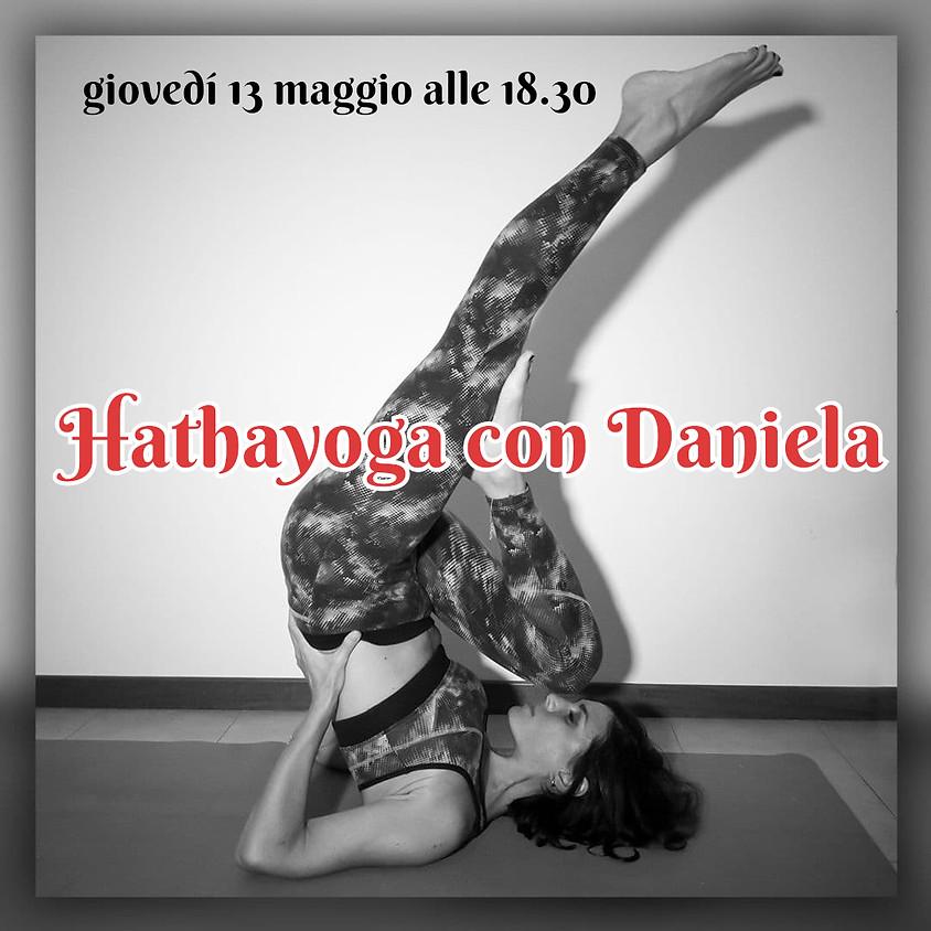 Pratica Hathayoga con Daniela Marciano - Per Tutti i Livelli