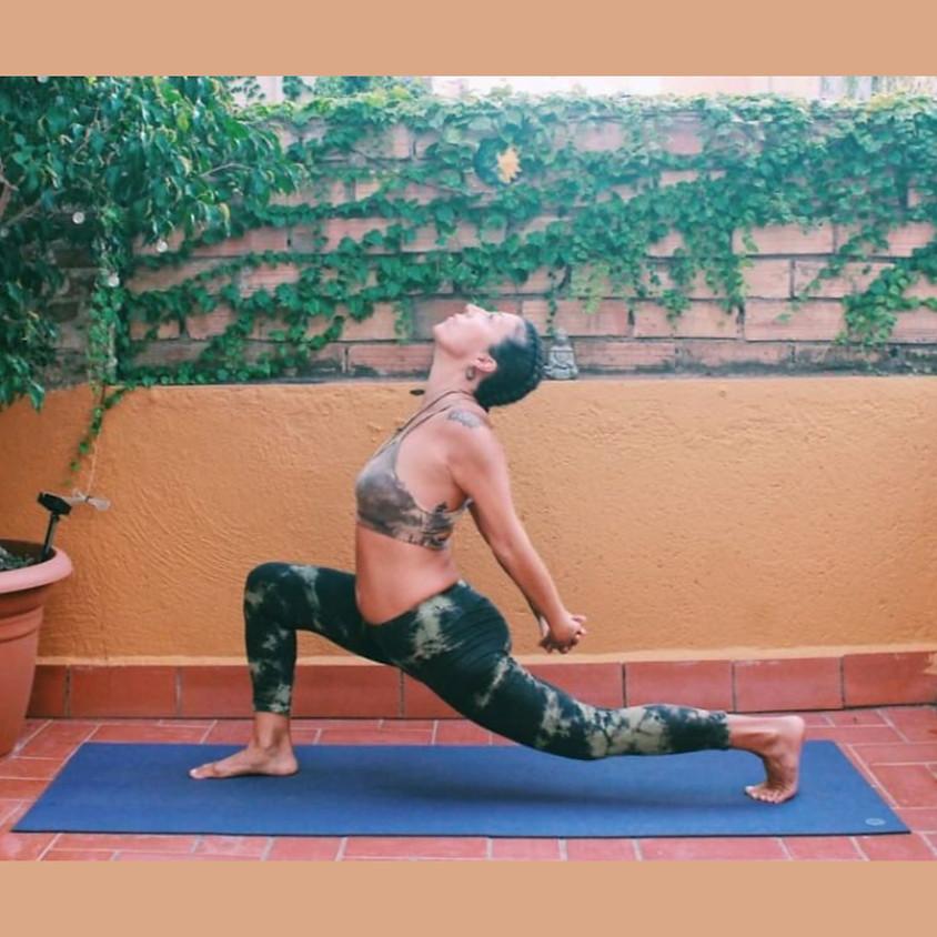 Pratica Power Vinyasa Yoga con Adriana - Per Tutti i Livelli