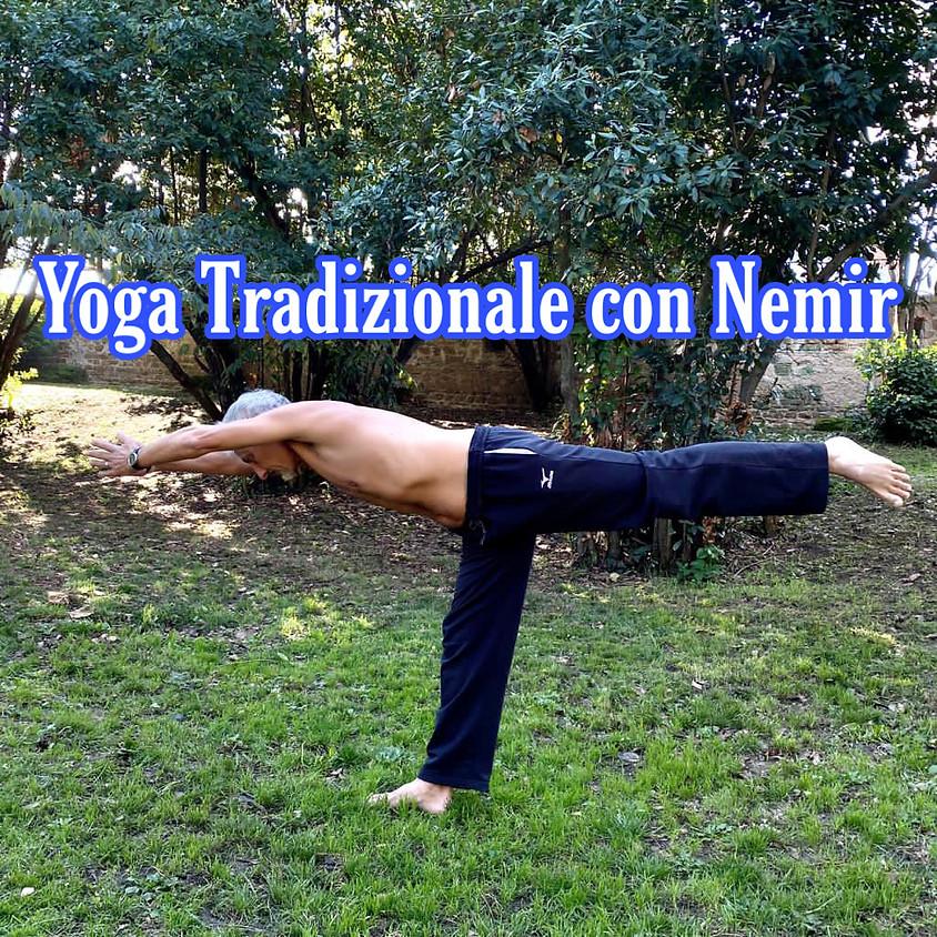 Pratica Yoga con Nemir **Gratis**