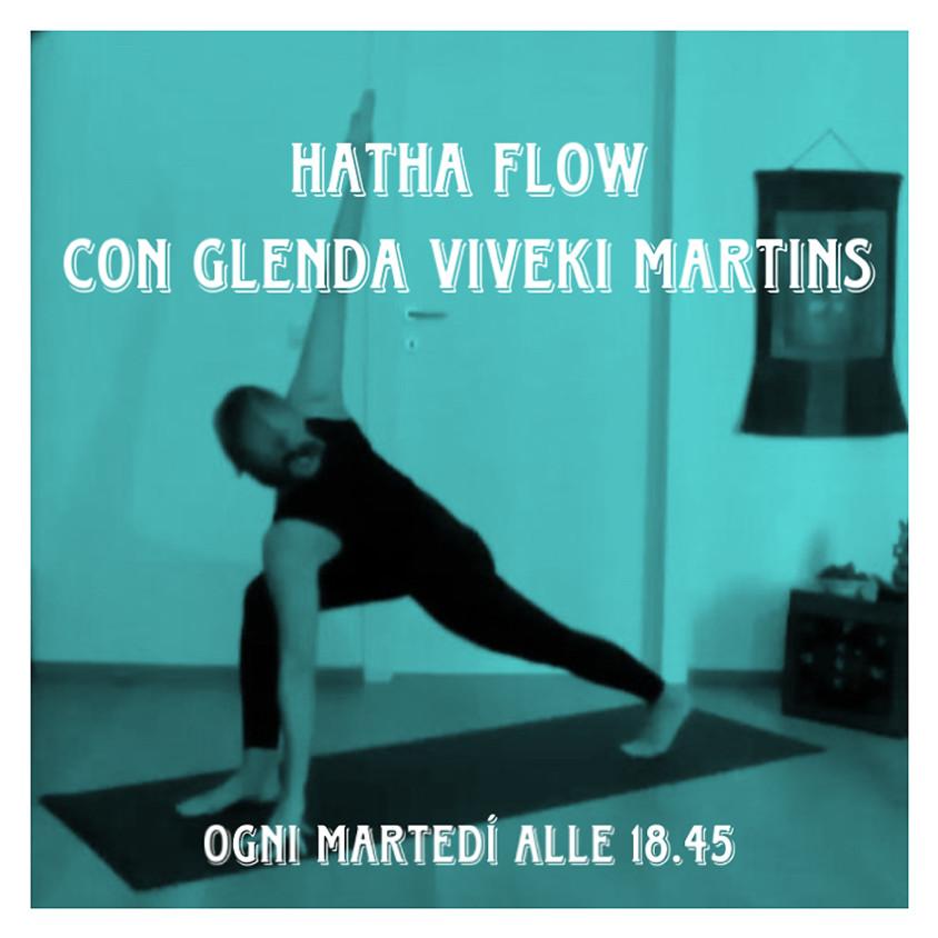 Hatha Flow con Glenda Viveki Martins - Per Tutti i Livelli