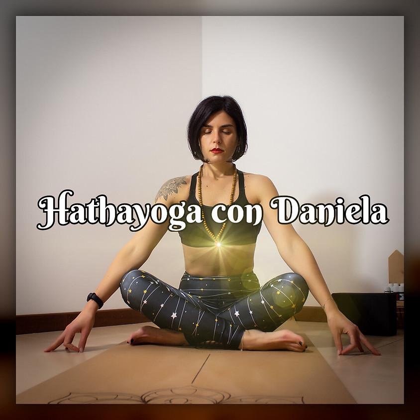 Pratica Hathayoga con Daniela Marciano - Per Ogni Livello