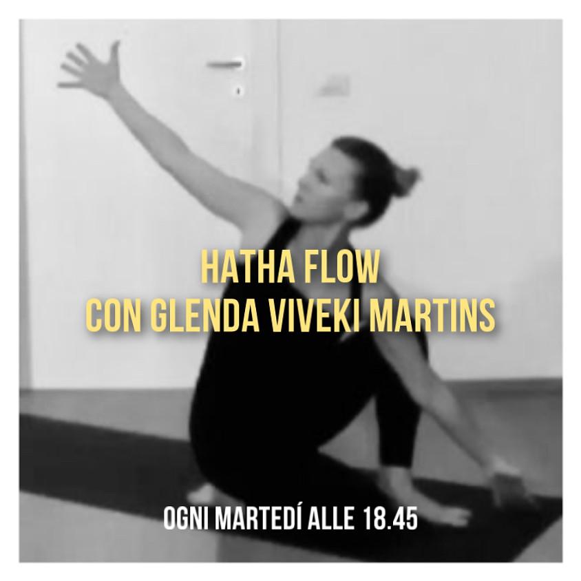 Hatha Flow con Glenda Viveki Martins - Per Tutti