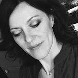 Manuela_Sommelle_Insegnante_Hatha.jpg