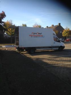 verhuiswagen met laadklep