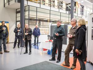 Vihdin kameraseuran vuosinäyttely ja kansainvälisen Finland Circuit näyttelyn teoksia Nummelan kirja
