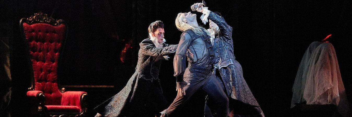 Dracula Heno and Rey.jpg