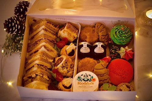 CHRISTMAS EVE Afternoon Tea Box for 2 - Delivery OR Collect from NN4