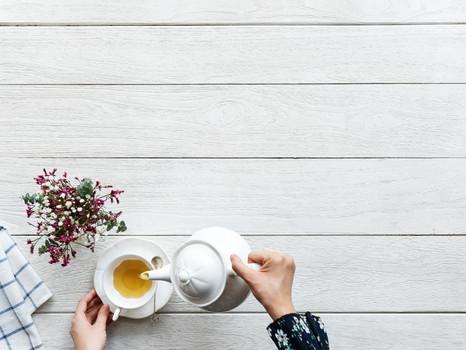 Grüner Tee - Wachmacher & Detoxhelfer