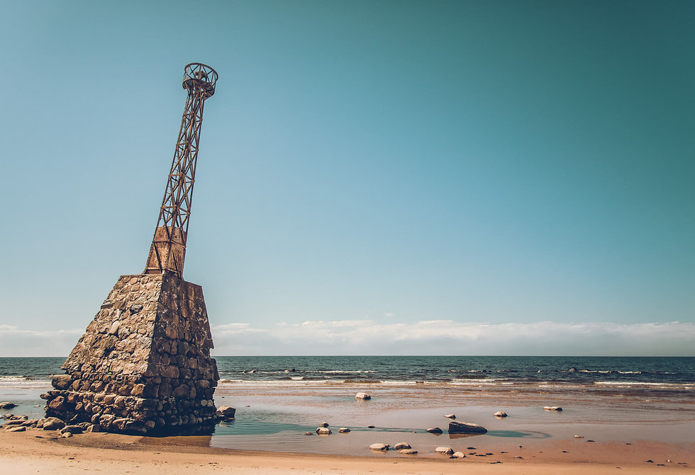 20190909_abandoned_lighthouse-23.jpg