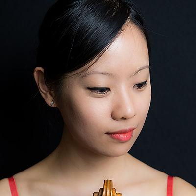 Jiwon Kim violin.jpg