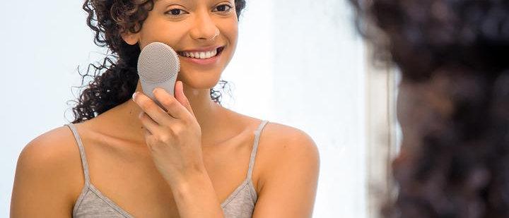 TouchBeauty - Brosse de visage nettoyante à vibrations soniques
