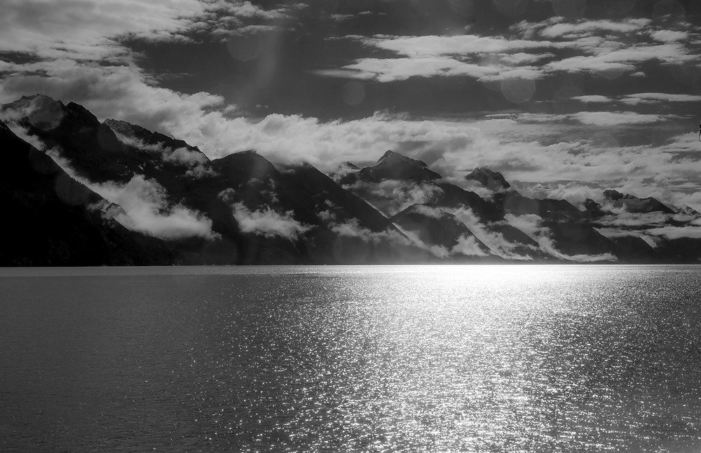 Favourtie Channel, the fjord between Juneau and Skagway