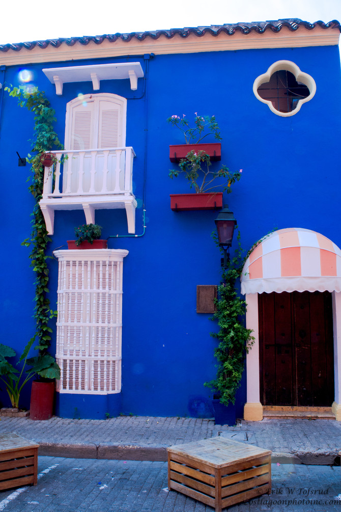 House entrance in Old Town, Cartagena, Colombia