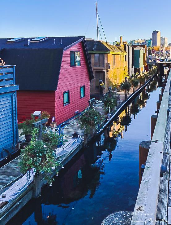 Floating homes, Granville Island, False Creek, Vancouver, BC, Canada