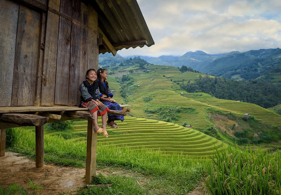 Vietnam girls mountains