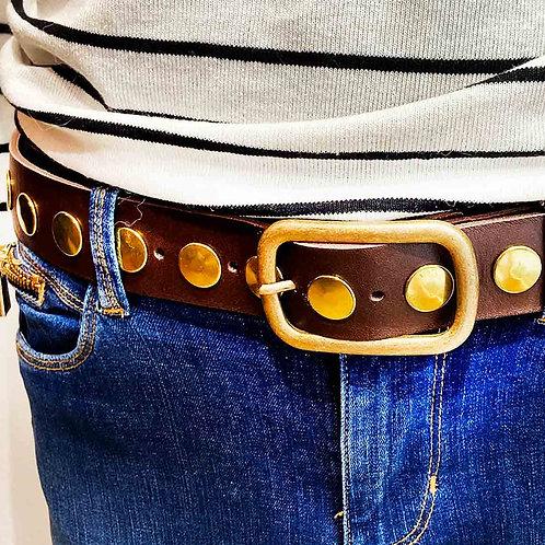 Cinturón ancho tachuelas