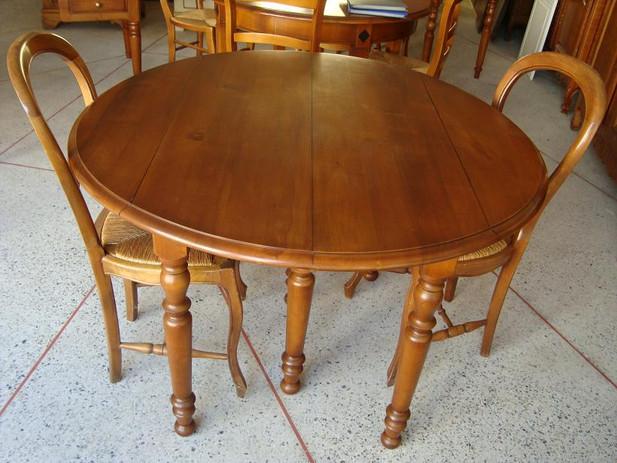 Table salle à manger.jpg