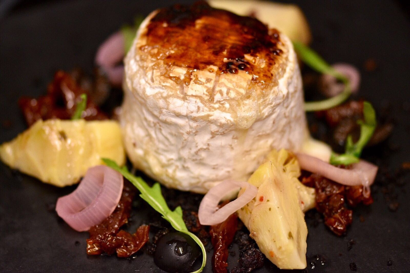 Caramelised goats cheese