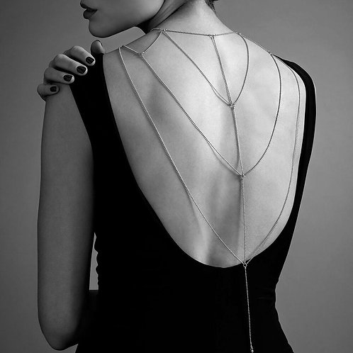 Magnifique Back and Cleavage Chain
