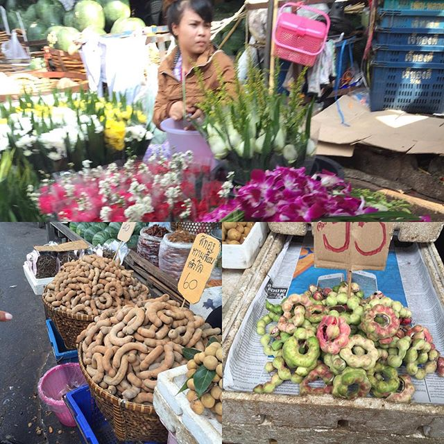 #thaimarket #glutenfreetravels #flowers #beautiful #Thai people two types of #tamarind