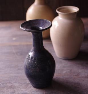 黒呉須/黄化粧花器