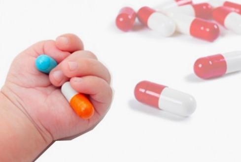 Crianças x Medicamentos. Que cuidados devemos ter?