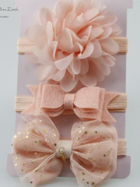 Peach bows