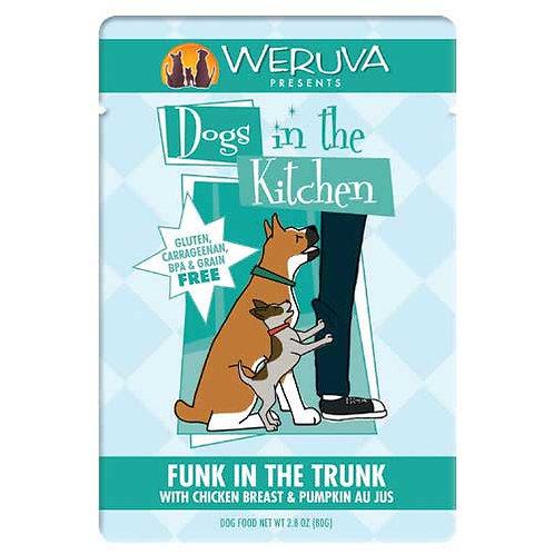Weruva Dogs in the Kitchen Funk in the Trunk with Chicken Breast & Pumpkin Au Ju