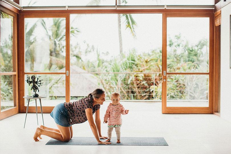 Akasha-Yoga-Academy-Asana-Adjustment-Dea