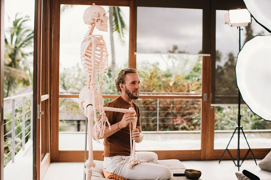 Akasha-Yoga-Academy-Burkhard-Anatomy-Dea