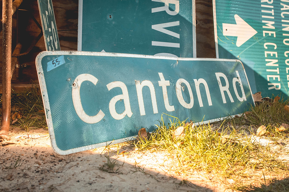 Flea market, Canton, First Monday, East Texas, Thrift, Shopping, Thrift shopping, Road signs, Street signs