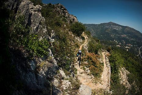 #mtbenduro #transprovence #singletrack #mtbcoaching #coaching #adventure #surreyhills #guidedrides