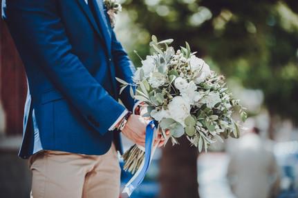Dépareillé Bleu et Beige pour Mariage Fleuri Paris