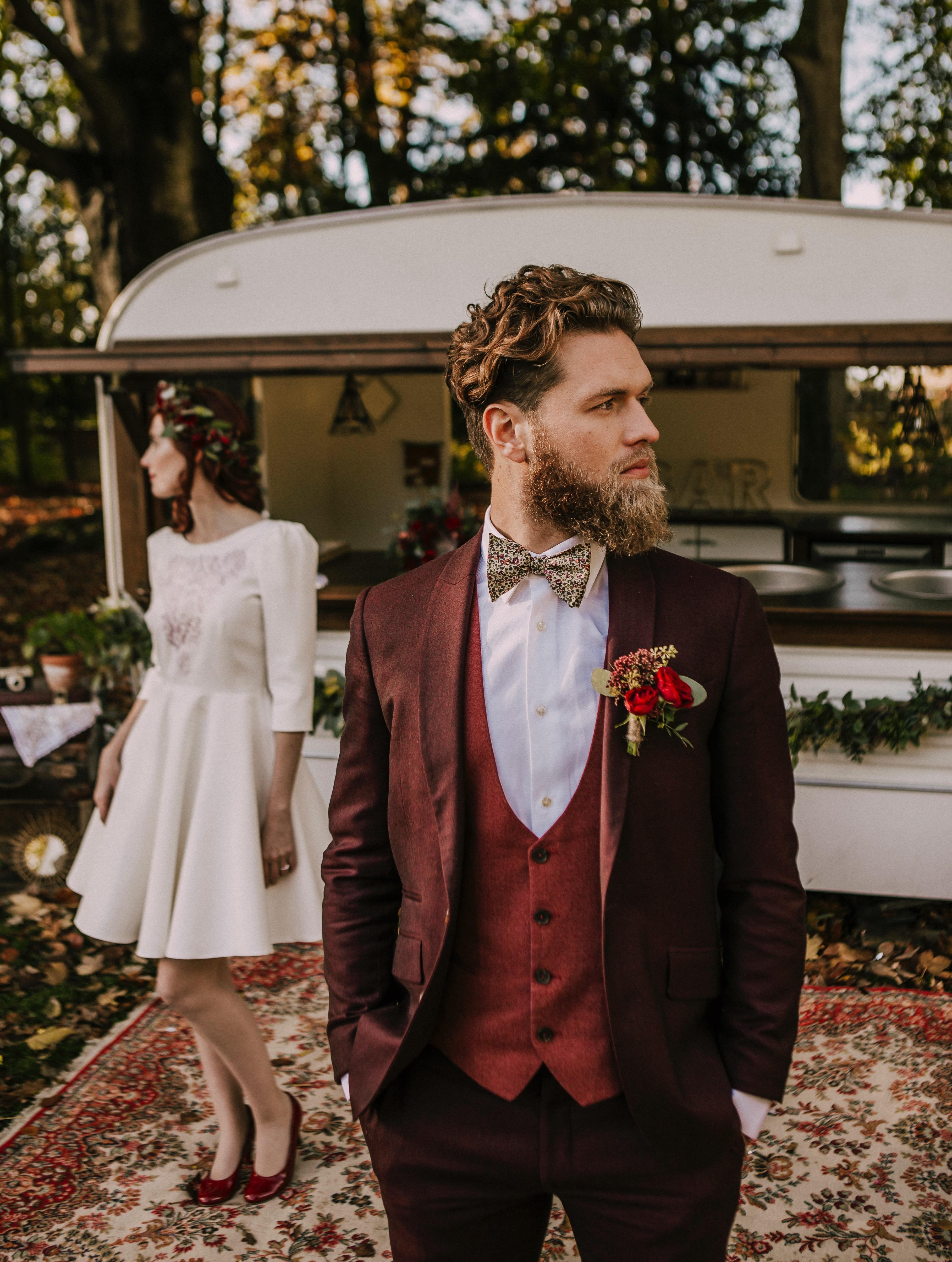 Costume sur mesure mariage  Champètre, rock, bohème ou chic