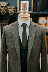 Costume sur-mesure en tweed à Paris