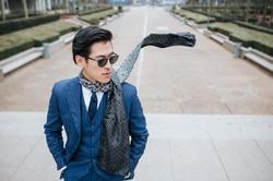 Costume et foulard