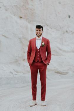 Costume rouge bordeaux