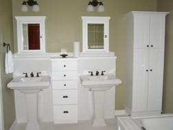 Oneota Mesa Bath Cabinets.jpg
