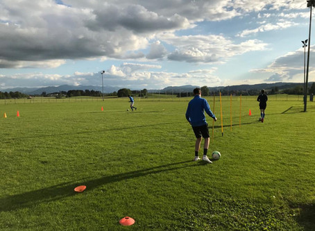 "U17 Erste ""Corona""-Trainingseinheit"