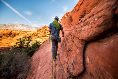 Rock Climbing | Las Vegas Review-Journal