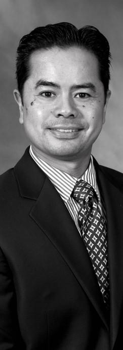 Dr. Michael Husmillo