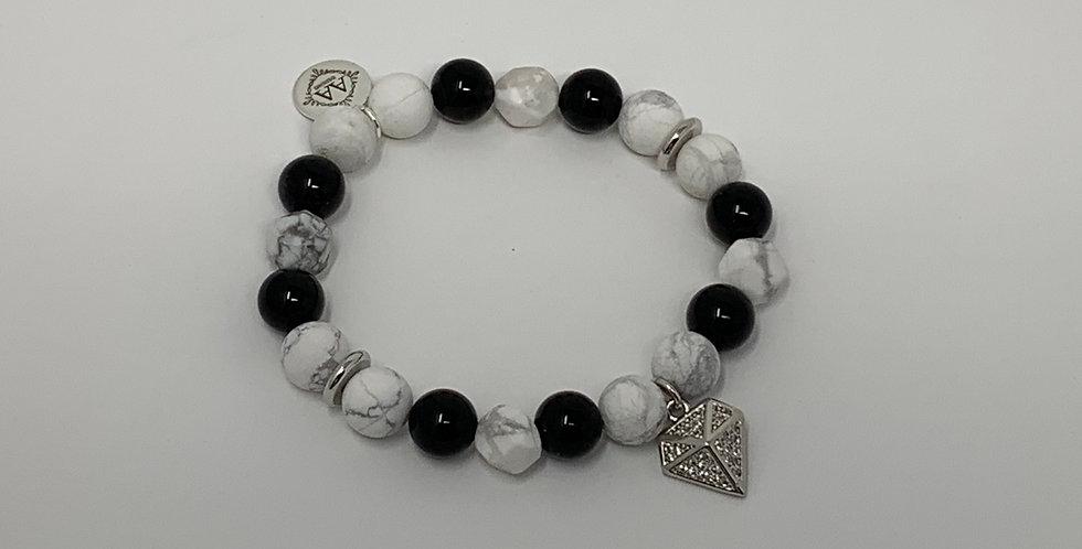 Howlite w/Onyx Bracelet