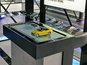 RETAIL TOUCH TABLE