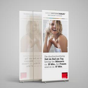 Display für Badausstellung
