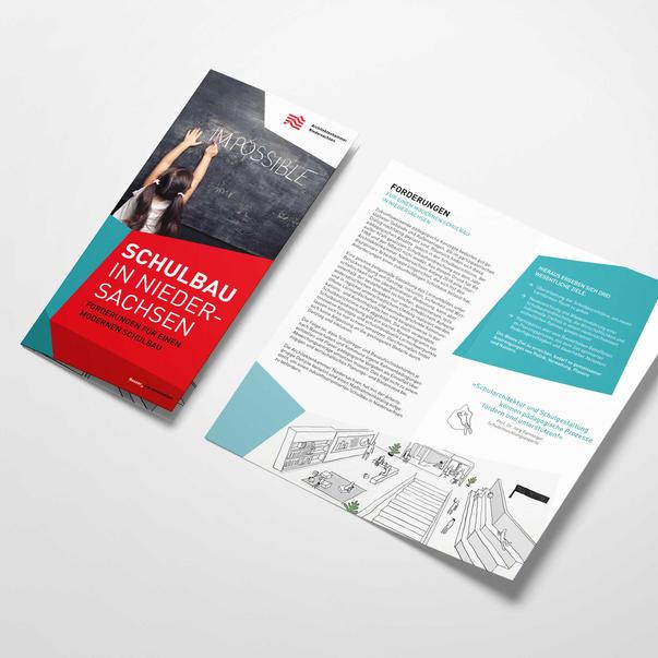 """Flyer """"Architektur macht Schule"""""""