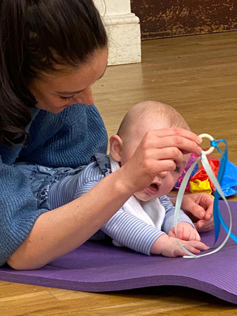 BEENY - Baby massage & Baby Yoga